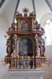 Huvudsakligt altare i kapellet av St Wolfgang i Vukovoj, Kroatien arkivfoto