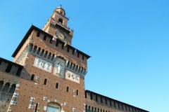 Huvudsakligt torn av Castello Sforzesco i Milan, Italien Arkivbild