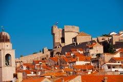 Huvudsakligt torn av det Dubrovnik fortet Fotografering för Bildbyråer