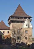 Huvudsakligt torn som namnges Samson av den gotiska zavouen för stilslottLipnice nad SÃ ¡ i Tjeckien Arkivbilder