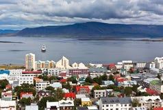 Huvudstad av Island, Reykjavik, beskådar Royaltyfri Foto