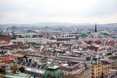 Huvudstad av Wien i Österrike, citysccape från stadsmitten royaltyfri foto
