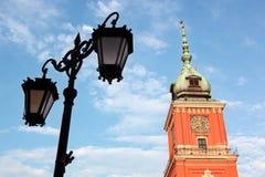 Huvudtornet för kungligt slott i Warsaw, Polen Arkivbild