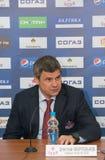 Huvudtränare av CSKA-hockeyklubban Dmitry Kvartalnov Arkivbilder