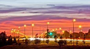 Huvudväg 1 på natten arkivbild