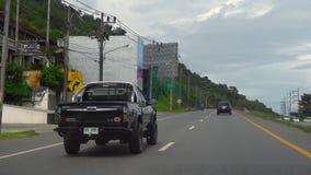 Huvudväg av den Phuket ön lager videofilmer