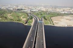 Huvudväg i Dubai Royaltyfria Foton