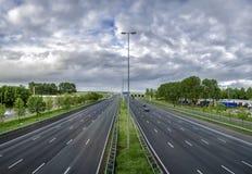 Huvudväg i Holland fotografering för bildbyråer