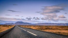 Huvudväg i Island Arkivfoto