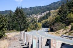 Huvudväg 101 i södra Oregon Arkivbild