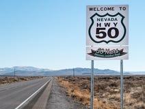 Huvudväg 50, mest ensam väg för Amerika ` s Arkivfoton