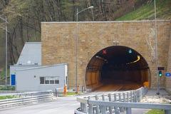 Huvudväg- och biltunnel Fotografering för Bildbyråer