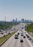 Huvudväg 401 under dagen Fotografering för Bildbyråer