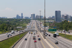 Huvudväg 401 under dagen arkivbild