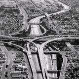 Huvudvägkorsning i Los Angeles arkivfoto