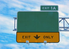 huvudvägtecken fotografering för bildbyråer