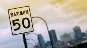huvudvägteckenhastighet Royaltyfria Bilder