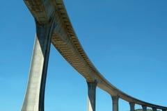 huvudvägviaduct Arkivbilder