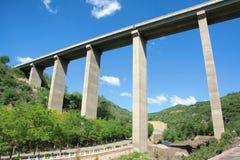Huvudvägviadukt Arkivfoto