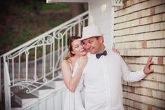 Huwelijk bij zonsondergang Royalty-vrije Stock Afbeeldingen