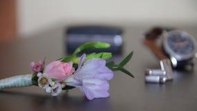 Huwelijk boutonniere Manchetknopen stock video