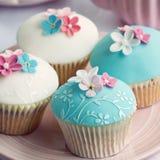 Huwelijk cupcakes Stock Foto's