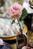 Huwelijk De details van het huwelijk en Mevr De heerlijke lijst van de het suikergoedbar van de huwelijksontvangst Zoet vakantieb Stock Afbeeldingen