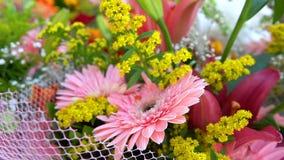 Huwelijk of de Speciale Samenstelling van Dagenbouget van Bloemen stock footage