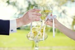 Huwelijk in de tuin Royalty-vrije Stock Afbeeldingen