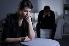 Huwelijk die scheiding krijgen stock foto's