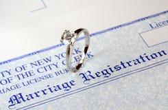 Huwelijk en geld Royalty-vrije Stock Afbeeldingen