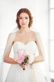 huwelijken Bruid binnen Royalty-vrije Stock Fotografie