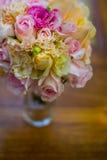Huwelijksboeket, bloemen, rozen, mooi boeket Royalty-vrije Stock Foto's