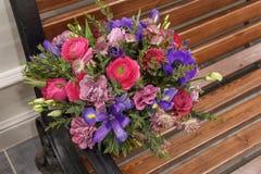 Huwelijksboeket met verschillende bloemen Royalty-vrije Stock Fotografie