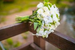 Huwelijksboeket van alstroemeria en chrysantenclose-up royalty-vrije stock foto's