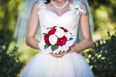 Huwelijksboeket van de bruid Stock Foto's