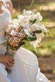 Huwelijksboeket van orchideeën en rozen Stock Fotografie