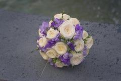 Huwelijksboeket van rozen Stock Foto