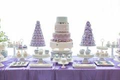 Huwelijkscakes Stock Foto's