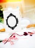Huwelijkskaart en detail Decoratie van vieringen stock foto