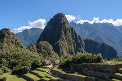 Huyana Picchu maximum på Machu Picchu arkivbilder