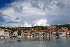 Hvar -小的海岛sity 库存照片
