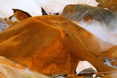 Hveradalir geothermisch park, Kerlingarfjoll, IJsland stock fotografie