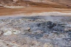 Hverir, formações à terra e montes Fotos de Stock Royalty Free