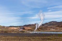 Hverir geothermisch gebied in het noorden van IJsland dichtbij Meer Myvatn royalty-vrije stock afbeeldingen