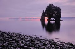 Hvitserkur στην Ισλανδία στοκ εικόνα με δικαίωμα ελεύθερης χρήσης