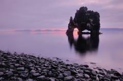 Hvitserkur en Islandia imagen de archivo libre de regalías