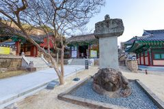 Hwaeomsa-Tempel, der der alte koreanische buddhistische Tempel in Nationalpark Jirisan ist Lizenzfreies Stockbild