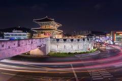 Hwaseong fästning, traditionell arkitektur Arkivbilder