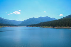 Hyalite Reservoir湖 免版税库存图片